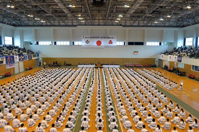 20-0101開会式